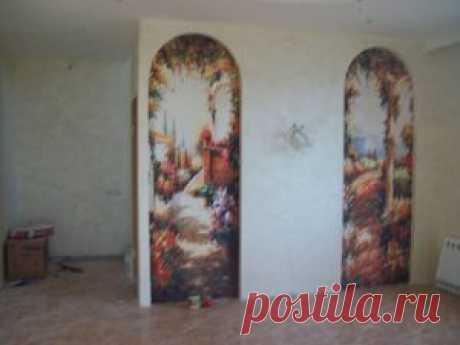 фрески в гостиной
