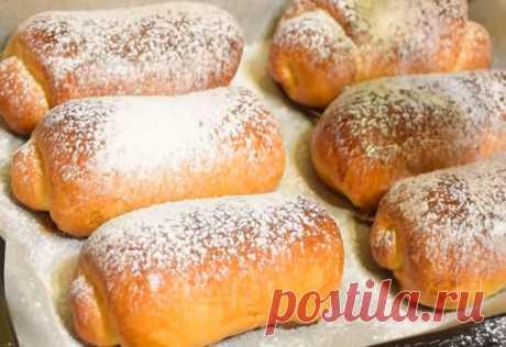 Мягкие и вкусные Венские булочки с повидлом Мягкая и вкусная выпечка, с тонкой хрустящей корочкой. Венские булочки с повидлом простые в приготовлении.