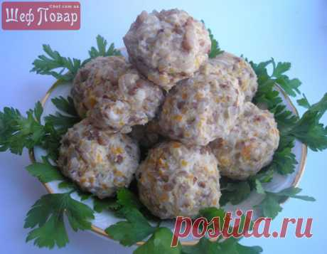 Steam cutlets with buckwheat