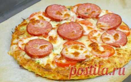 Приготовила кабачковую пиццу на сковороде: пожалуй буду готовить так всегда   Ложки, вилки, два ножа   Яндекс Дзен