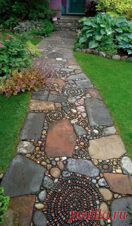 Las ideas interesantes de las sendas de piedra en el jardín