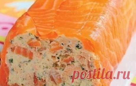 Рулет из творожного сыра и копченого лосося  Ингредиенты:  — творог — 250 г Показать полностью…