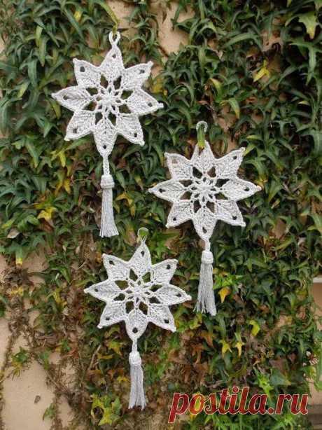 Вяжем новогодние снежинки крючком: 35 схем ~ Свое рукоделие