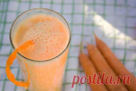 Тыквенно-морковный смузи на завтрак - Коктейли и напитки - рецепты приготовления коктейлей с фото, алкогольные и безалкогольные коктейли - IVONA - bigmir)net - IVONA - bigmir)net