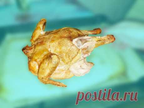 «Нет, не солёная» Высыпали на противень 1 кг. соли, положили курицу и убрали в духовку. Смотрим что получилось.   Папа дома   Яндекс Дзен
