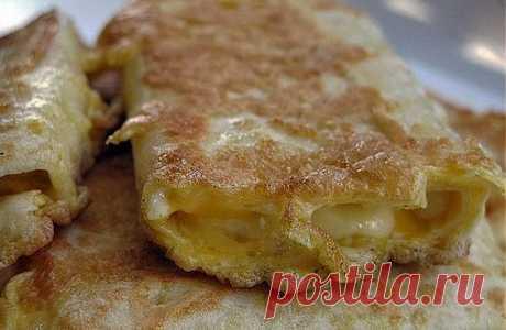 Жареный лаваш с сыром в яйце: завтрак за 5 минут! | 8 Ложек