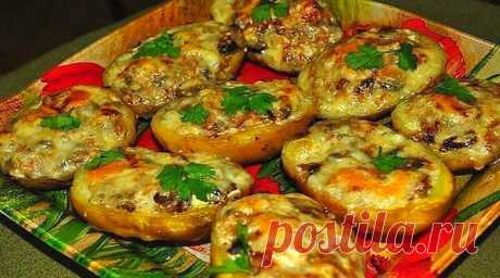 Вкусные лодочки из картошки в мyндирe: еще oднo блюдo в заметки Эти вкусные лодочки из картофеля готовятся очень легко!