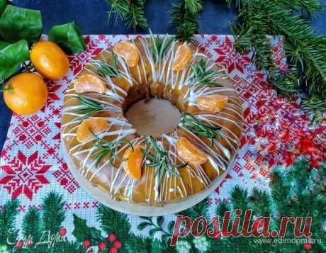 Рождественский кекс со сливочно-апельсиновой карамелью . Ингредиенты: пшеничная мука, сливочное масло, яйца куриные