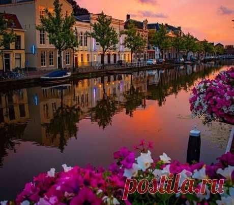 Лейден, Нидерланды..