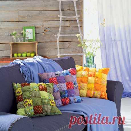 Подушки в стиле «пэчворк» – уникальные аксессуары мебели, особенные акценты стиля.