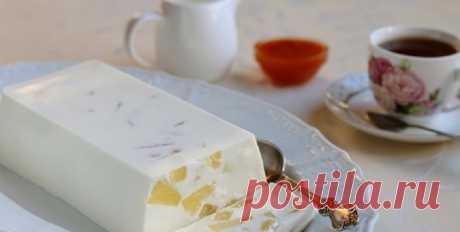 Десерт «Старая Рига»: вкуснятина к чаю вместо калорийного торта - Вкусные рецепты - медиаплатформа МирТесен Вместо калорийного торта можно приготовить легкий и нежный творожный десерт под названием «Старая Рига». Если вы часто печете домашним всякие сладости к чаю, то у меня для вас интересный легкий творожный десерт под названием «Старая Рига». Такой десерт будет прекрасной заменой всяким тортам с...