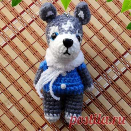 PDF Мастер-класс по вязанию брелока собачки хаски амигуруми #схемыамигуруми #амигуруми #вязаныеигрушки #вязанаясобака #amigurumipattern #amigurumi #crochetdog #crochetpattern #amigurumitoy #amigurumidog