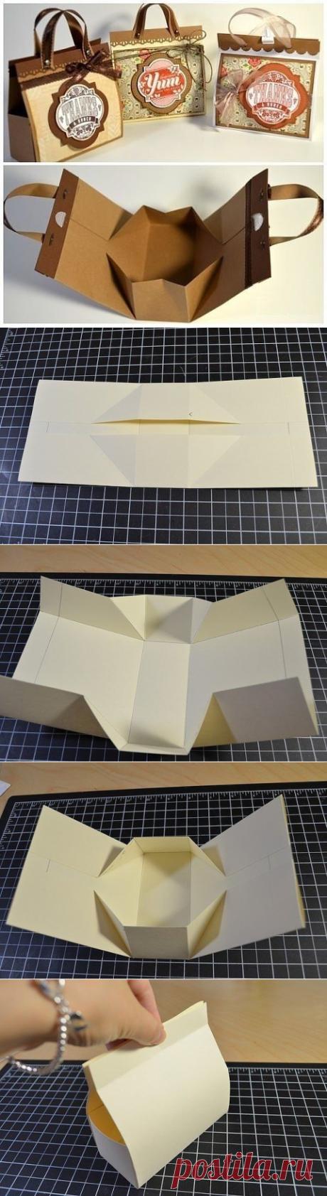 El mini-bolso — la idea para el papel de regalo