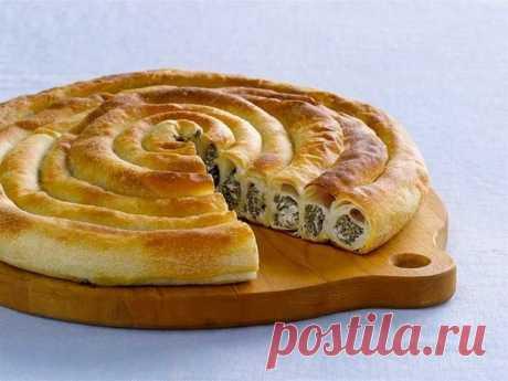 Пирог улитка из слоеного теста: оригинальные рецепты Пирог улитка из слоеного теста с разными начинками. Простые рецепты приготовления домашней выпечки. Кулинарные секреты и подсказки.