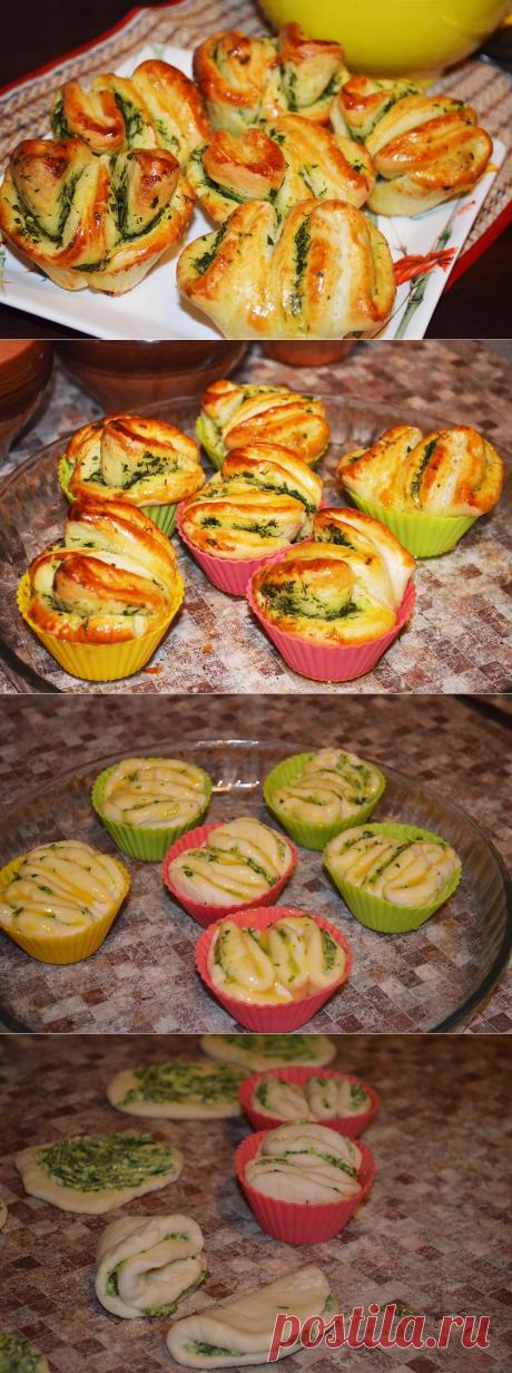Быстрые булочки с чесноком и зеленью - пошаговый рецепт с фото - как приготовить - ингредиенты, состав, время приготовления - Дети Mail.Ru