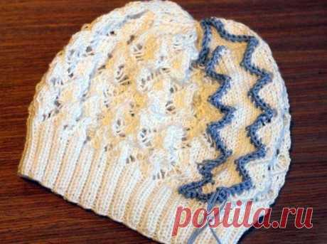 Ажурная шапочка спицами Змейка для девочки на весну, пошаговое описание, Вязание для детей