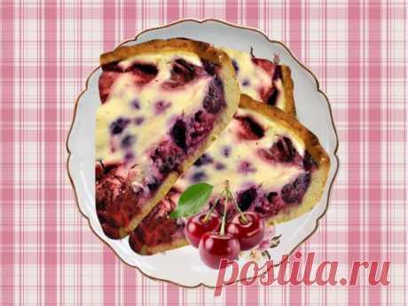 Безумно вкусный и простой пирог с замороженными ягодами! Легко и просто!