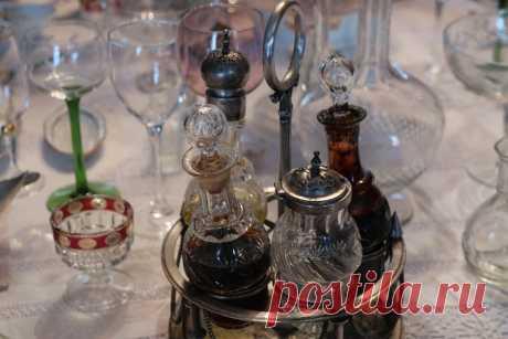 Икеевская чашка и другие необычные предметы на столе в доме 19 века: побывала в крутом музее в Костроме   Соло-путешествия   Яндекс Дзен