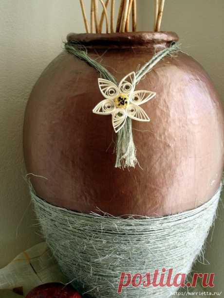 До чего же красивая напольная ваза из папье-маше!