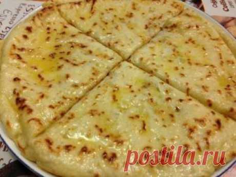 ВКУСНЕЙШИЙ ЧАПИЛЬГАШ   Визитной карточкой ингушской кухни считается также чапильгаш. Это лепешки из тонкого теста на кефире с начинкой из картофеля, творога, или сыра и зелени. Очень – очень вкусные лепешки!Для теста пона…