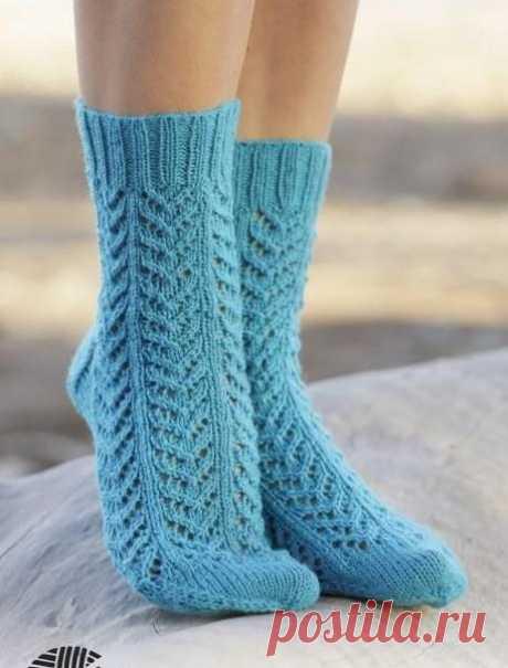 Ажурные носки спицами с узором елочка | Клубок
