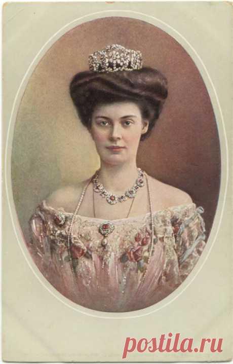 История прекрасной дамы на портрете   Цецилия Августа Мария Мекленбург-Шверинская - правнучка Николая I..