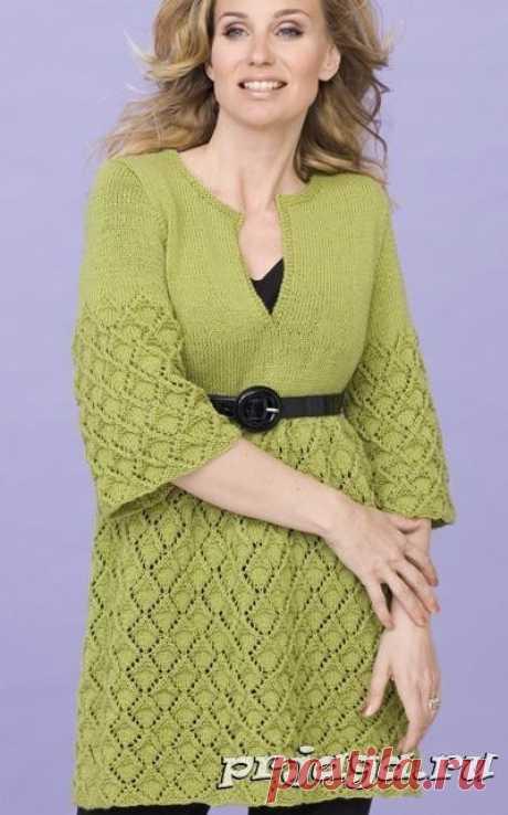 Зеленое платье – туника спицами