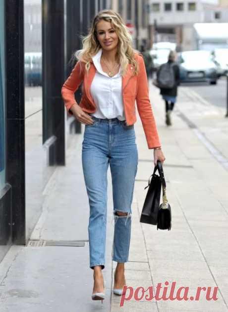 С чем носить девушкам и женщинам укороченные джинсы: советы по выбору.