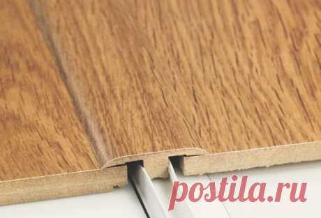 Как смонтировать потайной порожек для ламината?   Современные строительные работы имеют свою тенденцию, которая основывается на том, чтобы сделать все максимально гармонично и без каких-либо изъянов. Это касается и напольного покрытия. Как показала практика, ламинат является отличным материалом, который прослужит достаточно длительное время.   После того, как ламинированный паркет уложен, возникает потребность в декорировании соединений. Такие соединения возникают в разных...