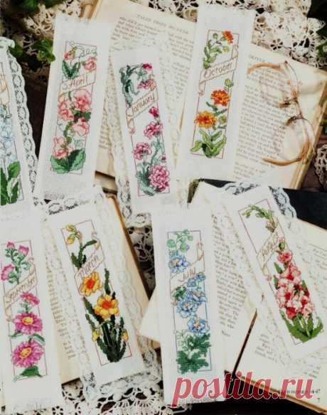 Закладки с цветочным орнаментом