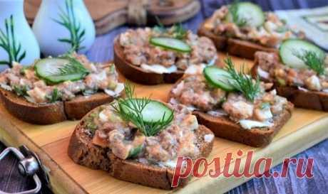 Бутерброды с килькой – 10 рецептов с фото на праздничный стол