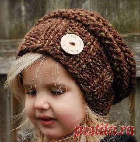 Идеи вязаных шапочек для дочек и внучек. Может кому-то пригодится.