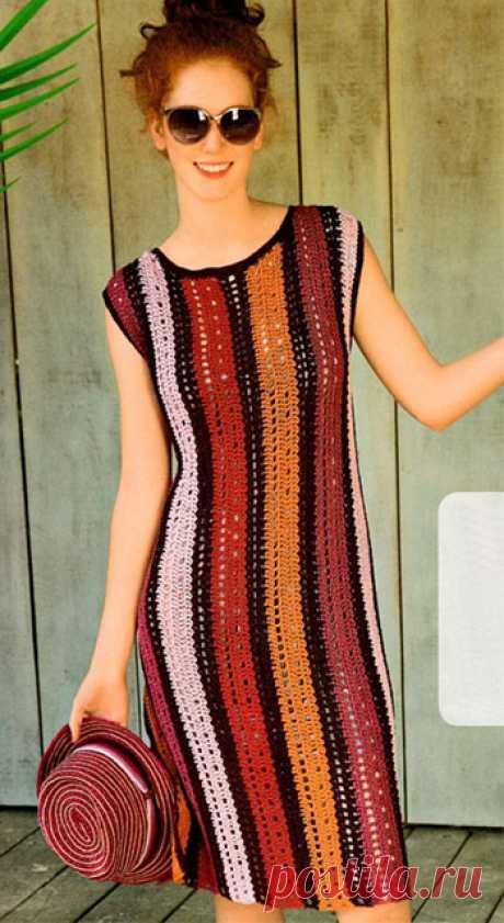 Платье в продольную полоску из льна крючком – схема и описание вязания для начинающих и опытных рукодельниц