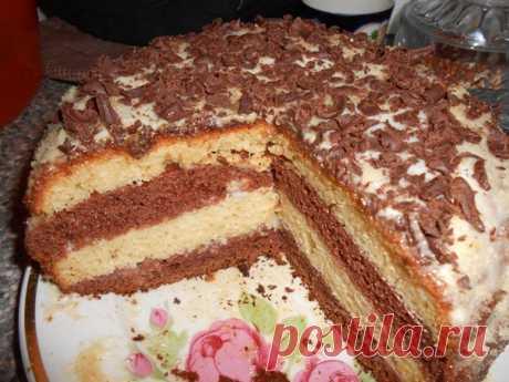 простой рецепт ,очень нежный и вкусный торт на кефире!  Ингредиенты: Тесто: - 3 яйца Показать полностью…