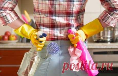 10 хитростей, которые помогут быстро убрать дом перед приходом гостей Хотите, чтобы ваш дом засиял чистотой перед праздничной вечеринкой, но времени как всегда не хватает? Когда вы готовитесь принять толпу гостей, каждая минута на счету. Вот несколько советов, которые помогут вам встретить гостей без швабры в руках