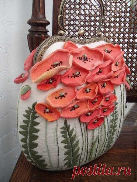 Купить Сумка МАКИ - цветочный, сумка женская, сумка ручной работы, валяная сумка