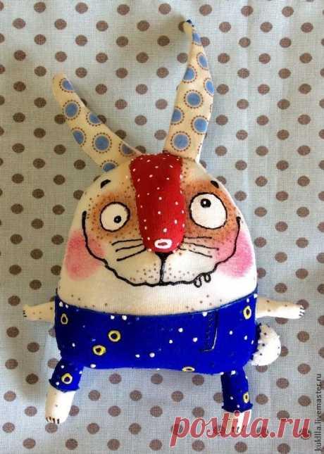 (368) Смешные зайцы - белый,зайка,пасхальный зайчик,подарок на Пасху,заяц текстильный   кофейки