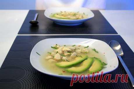 Куриный суп с авокадо | Das geheime Buch der Lieblingsgerichte
