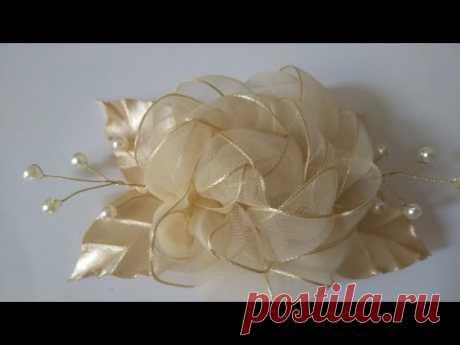 Flor de fita de voal (arranjo)