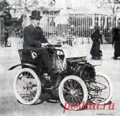 Луи Рено на своем первом автомобиле. 1898 г.