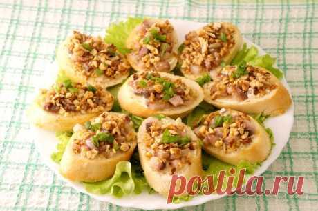Бутерброды с сельдью и орехами - пошаговый рецепт с фото - как приготовить, ингредиенты, состав, время приготовления - Леди Mail.Ru