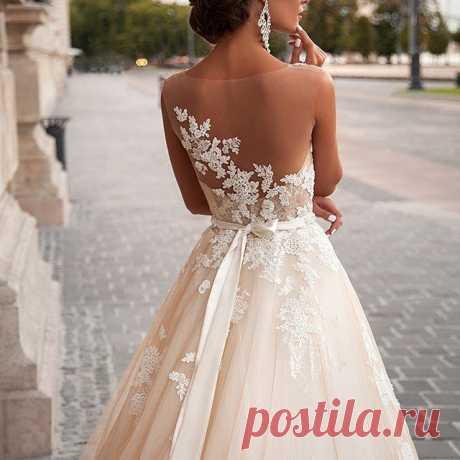Платья от Milla Nova тают с каждым днём...☆ Спешите!!! !!Самые привлекательные цены на самые шикарные платья!! (Ситуация с курсом доллара $$$ может снова ухудшиться с началом осени, поэтому не упустите платья по летним ценам!!!) #свадебныйсалон #свадебныесалонысамары #свадьбавсамаре #свадьбавтольятти #свадьбавбузулуке #свадьбавновокуйбышевске #свадьбавсызрани #свадебныйсалонсамара #богема #свадебныеплатьявсамаре #невестысамары #millanova #MillaNova