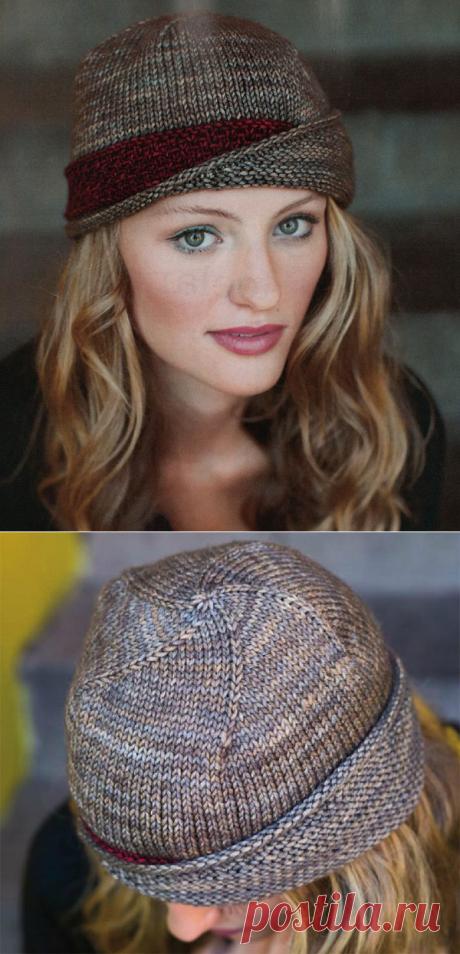 Элегантная шляпка в ретро стиле от Carina Spencer вязаная спицами.
