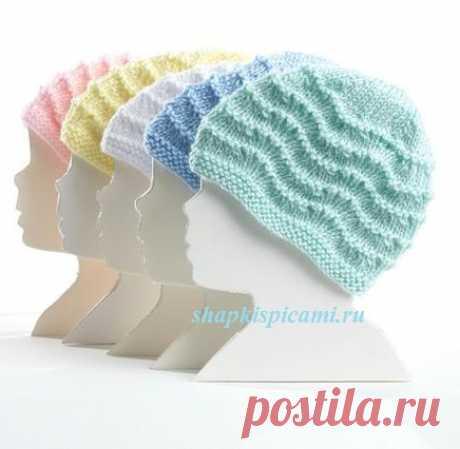 Очаровательные вязаные шапочки для малышей с волнистым узором (с подробным описанием вязания)