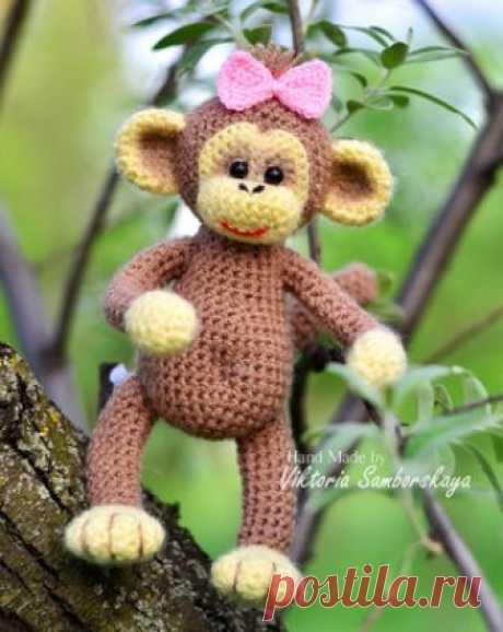 Маленькая обезьянка амигуруми. Схемы и описания для вязания игрушек крючком! Бесплатный мастер-класс от Виктории Самборской по вязанию маленькой обезьянки крючком. Высота вязаной мартышки примерно 16 см. При изготовлении игрушк…