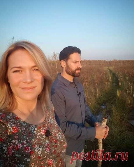 Виктория Макарская призвала сделать супружеское ложе раем на земле   Журнал Cosmopolitan