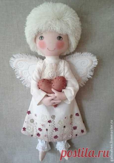 «Текстильный ангелочек с сердечком в руках» — карточка пользователя Светлана Б. в Яндекс.Коллекциях