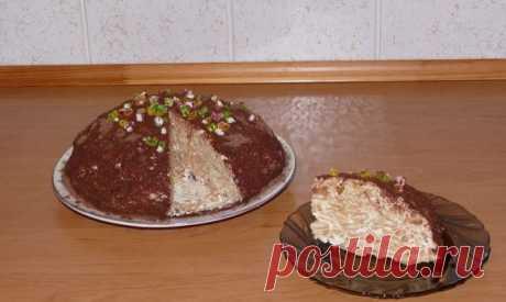 """Гениальный тортик без выпечки  Ингредиенты:  - 500 г крекера """"Рыбки"""" Показать полностью…"""