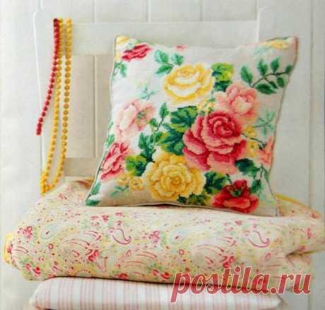 Вышивка крестиком подушки. Схемы вышивки крестом диванных подушек. | Я Хозяйка