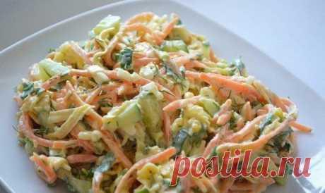 Этот салат уделал оливье и шубу!  От этого салата все хозяйки просто без ума!!! Пошаговый рецепт салата из куриных грудок и консервированных огурцов в домашних условиях.